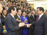 李克强会见第八届世界华侨华人社团联谊大会全体代表
