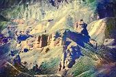 甘肃张掖:平山湖大峡谷成探险旅游的新亮点