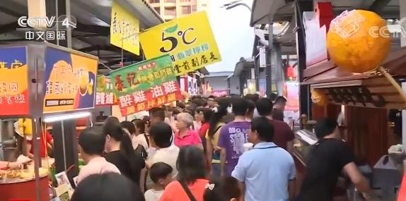 台湾:春节夜市不打烊